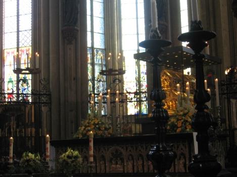 科隆主教座堂內,相傳收藏著三位賢士聖髑的盒