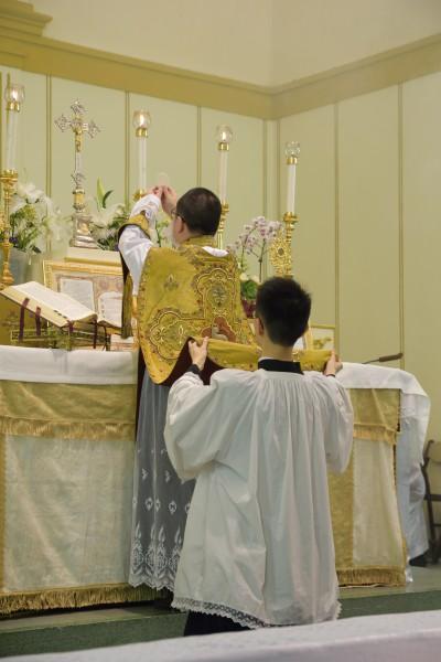 彌撒中成聖聖體
