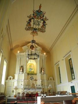由香港去參觀澳門的聖堂也算容易
