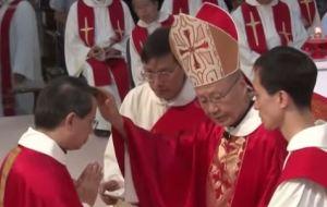 李斌生主教於2014年8月30日接受主教聖秩聖事