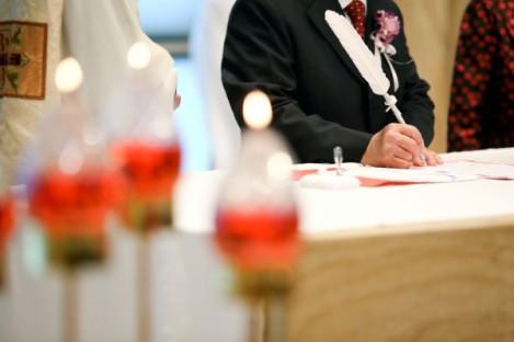 如果只要有「心」就可以,為甚麼婚禮時大家都要刻意穿得隆重?