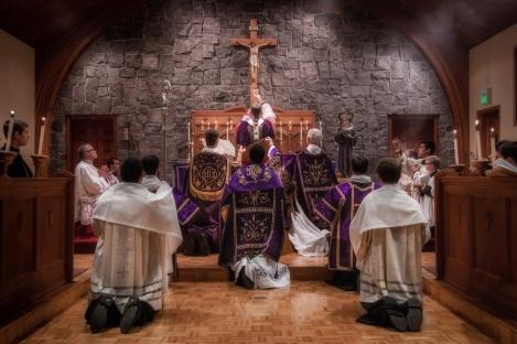 2014+Pontifical+Mass-36-3106456286-O.jpg