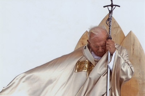 pope-st-john-paul-ii-at-wyd-featured-w740x493