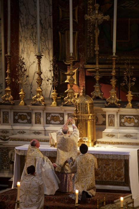 ArchbishopCordileone_SacraLiturgia2016_Consecration