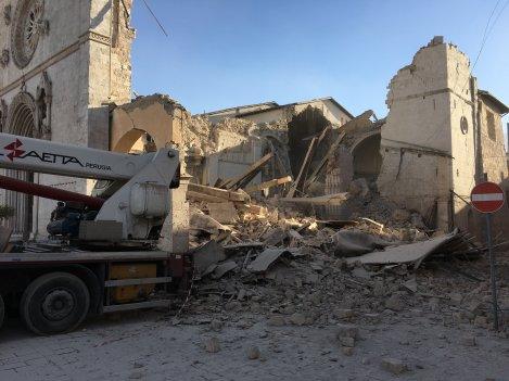 norcia-destroyedbasilica